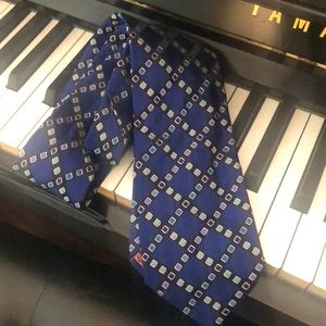 Paul Smith tie brand new without tags